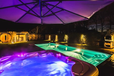Poolhouse - Hasselt - Bed & Breakfast