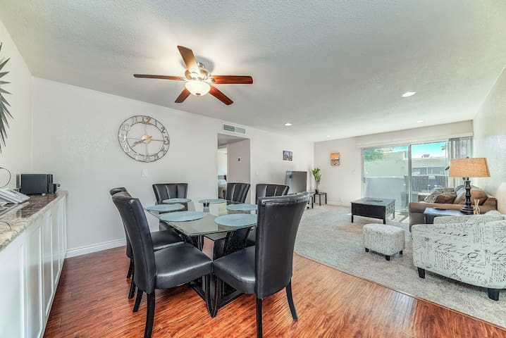 Comfy Condo Located in Downtown Scottsdale
