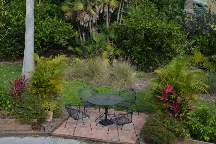 Explore the Everglades! - Private 1 BR Apartment