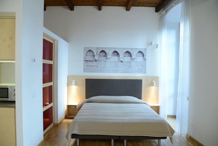 Apartments Le Stanze del Lago with balcony