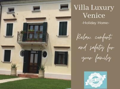 Venice Villa Luxury