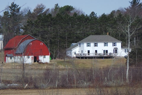 The Farmhouse - Rm #3 - Family Loft