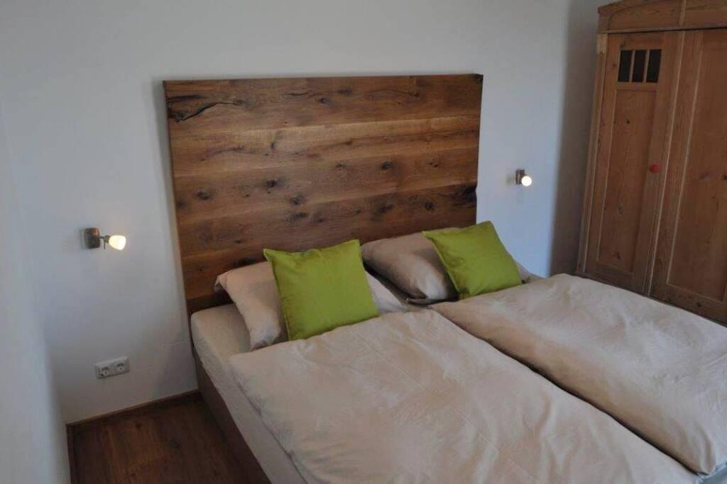 designerhaus mit dachterrasse 12km vor regensburg h user zur miete in nittendorf bayern. Black Bedroom Furniture Sets. Home Design Ideas