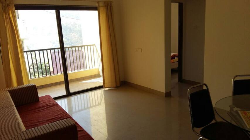 Peaceful 1 Bhk Apartment With Kitchen Official Apartment In India 1 Bedroom 1 Bathroom