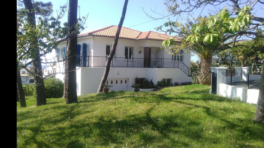 Agréable maison proche de la plage , BIARRITZ - Biarritz - Casa