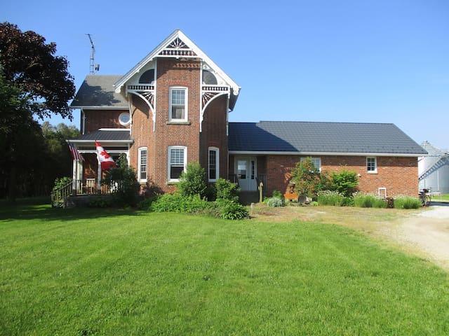 Century farmhouse granny flat