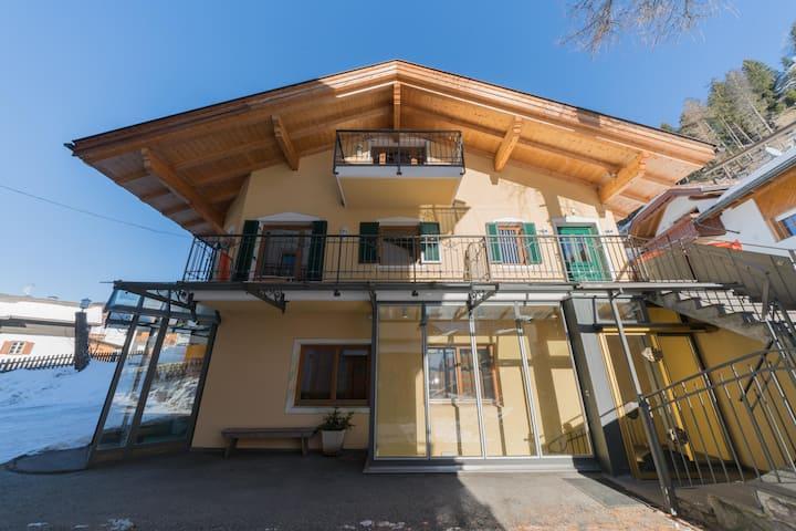 Casa Solaia