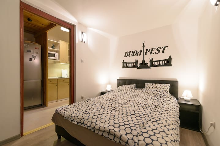 Quiet Apartment at the Center with AC-Dohany str