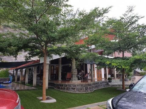 RUKs Estate Villa Homestay, Somwarpet,coorg.6 pax+
