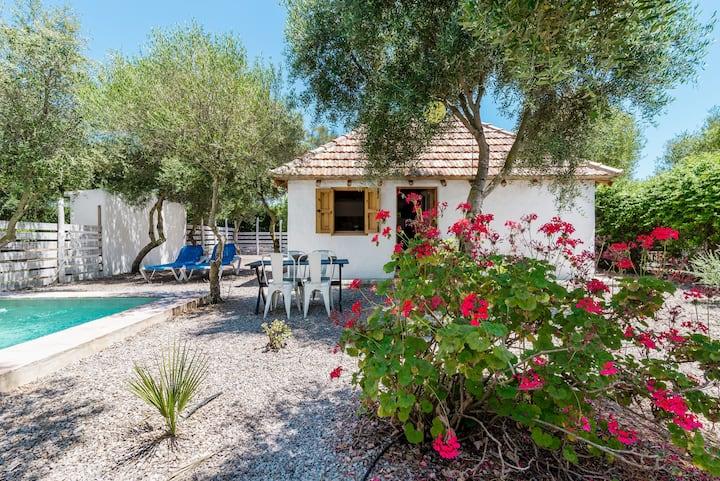 Charmantes Cottage mit privatem Pool – Casa El Castaño
