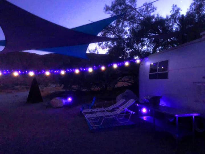 "Anza Borrego State Park Vintage Desert ""Glamping"""