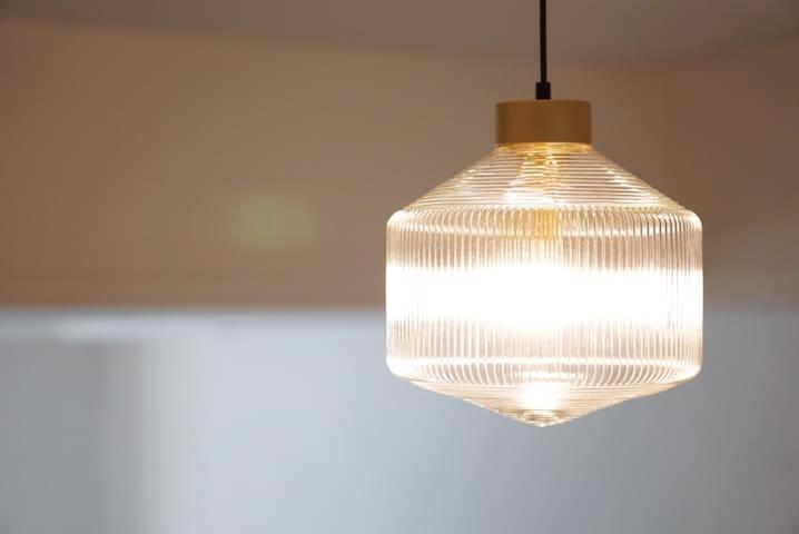 客厅的玻璃灯