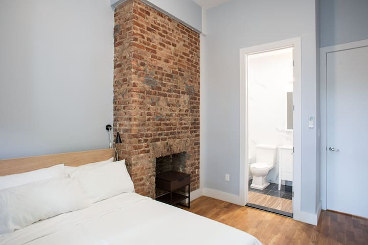 Trendy Private BR in Bushwick, near J train! 3-1