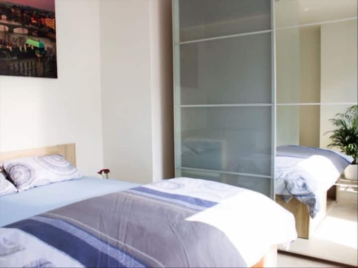 Furnished Private Bedroom in Messina