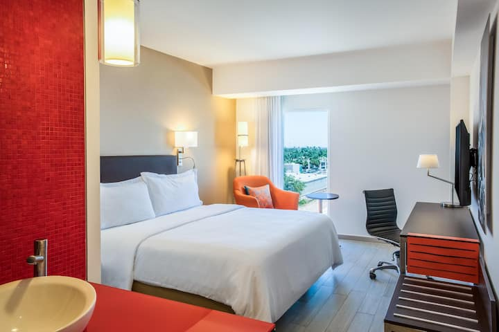 Modern Room Superior Double Bed At Los Mochis