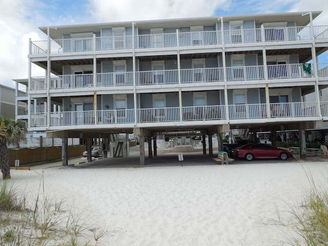 Direct Gulf front condo, Sunchase 101 - Gulf Shores - Condominium