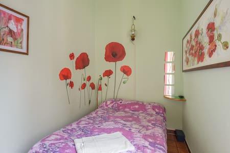 Sixbeds Chambre taille français. - Appartement