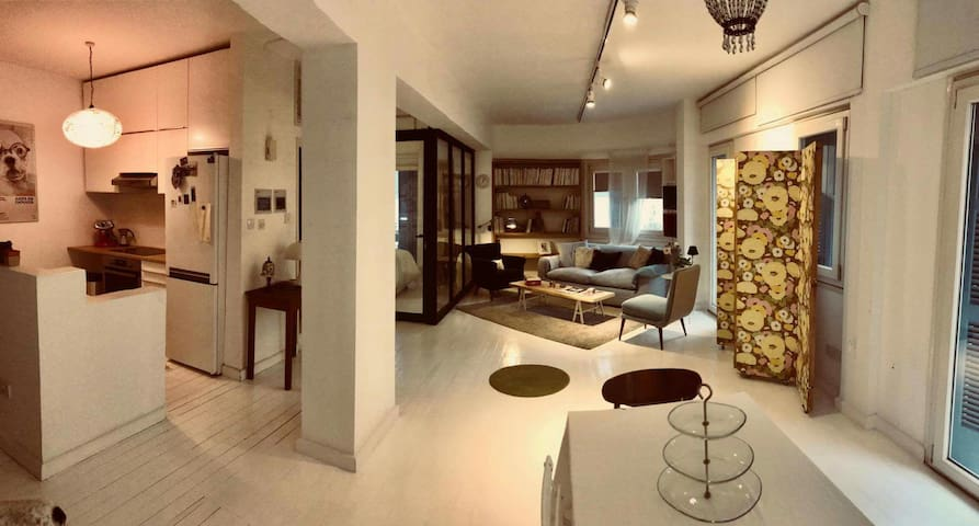 Cozy open plan apartment in the old city!