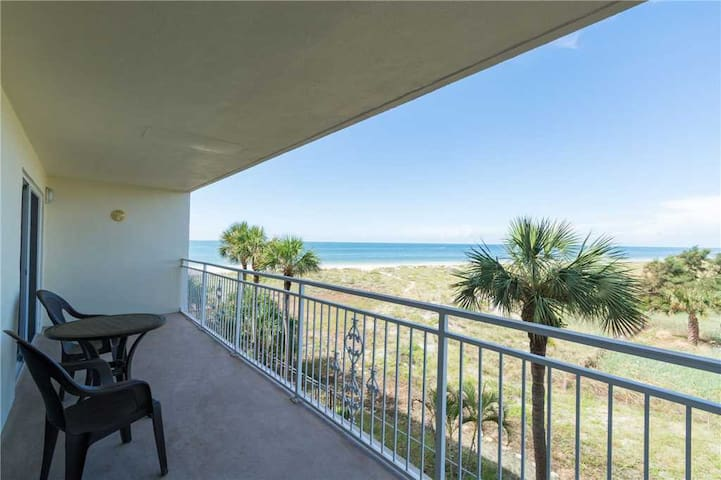 Stunning Sunsets  Beach Views Day or Night - View out and up Madeira Beach - See Dolphins  Manatees Cruise By! Walk to Johns Pass - Free Wifi - #214 Madeira Norte Condo