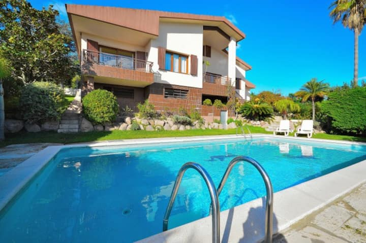 Villa Carme (8 persons) with private pool, Wi-Fi