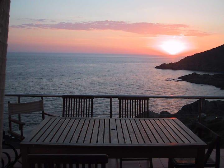 Vistas paradisíacas frente al mar.