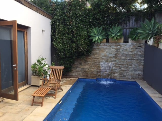 The Poolside Sanctuary - Dover Heights