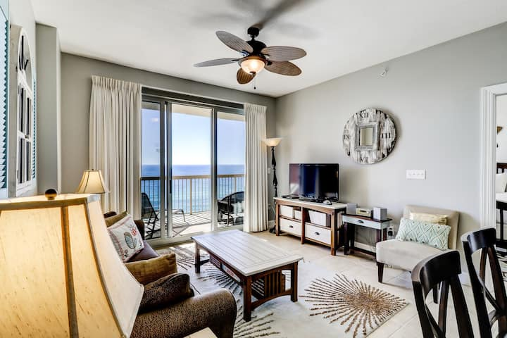 Two shared pools & a gym on-site! Gorgeous waterfront condo w/ incredible views!