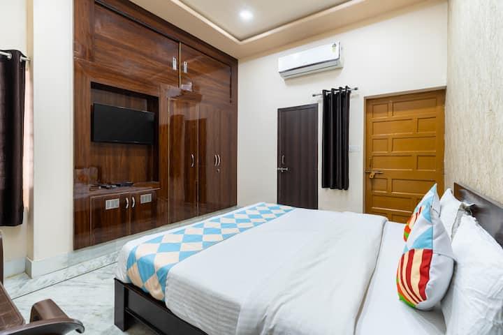 Kutumb Kesari -Luxurious Private Room