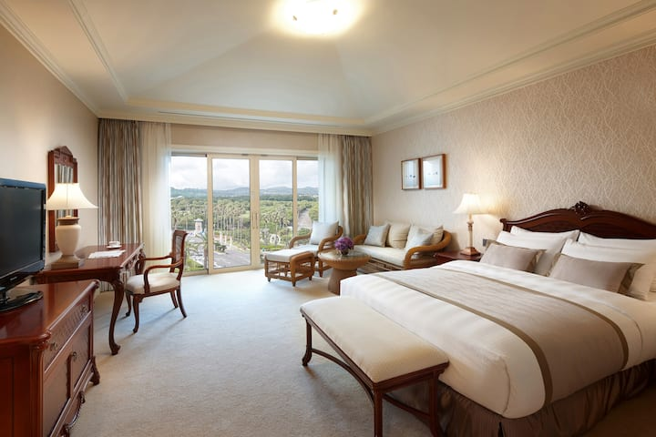 [Lotte Hotel] Deluxe Mountain Double or Twin Room