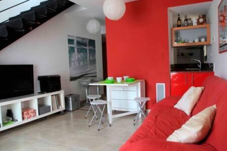 Habitación en Duplex a 30 metros de la playa - Calonge - Slaapzaal