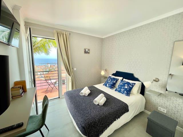 Room 2 Funchal