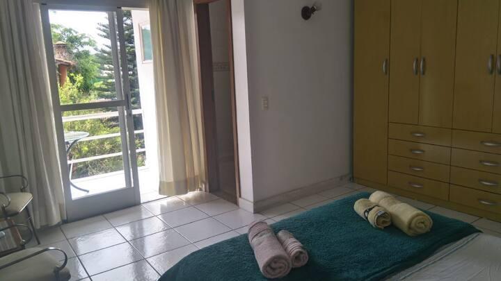 Quarto1: arejado e confortável no Centro de Betim