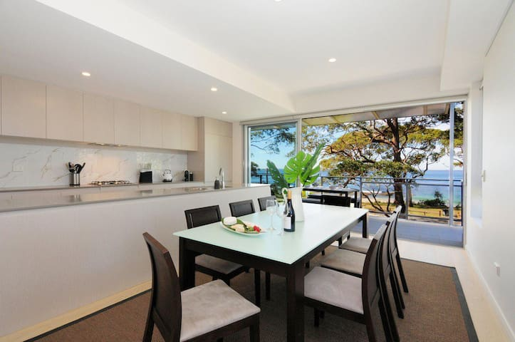 The Beach Apartment :: Jervis Bay Rentals
