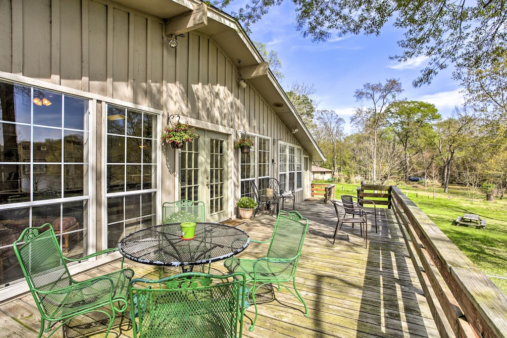 Just steps from Cedar Creek Lake, this home has something for everyone.