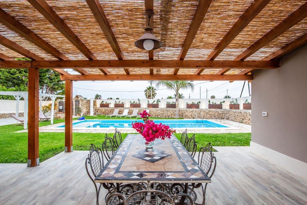 Veranda vista piscina