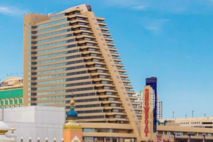 New 1BR Apartment on Atlantic City Boardwalk
