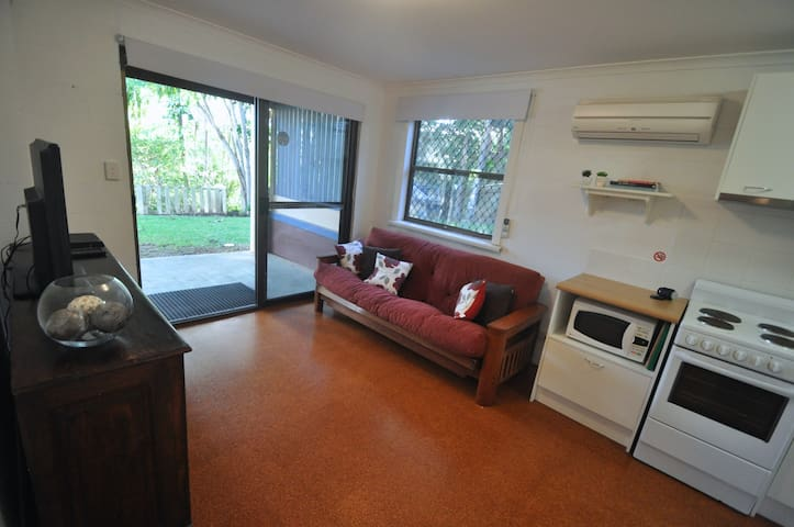 Palmwoods Central Apartment - Palmwoods - Rumah