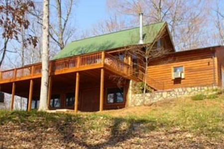 Hillside Lodge at Cedar Cliff - Hiawassee