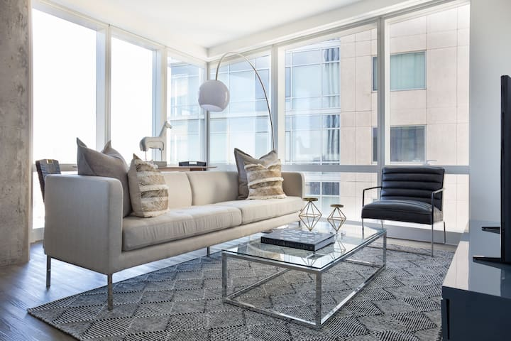 Sonder | Pierce Boston | Elegant 2BR + Lounge