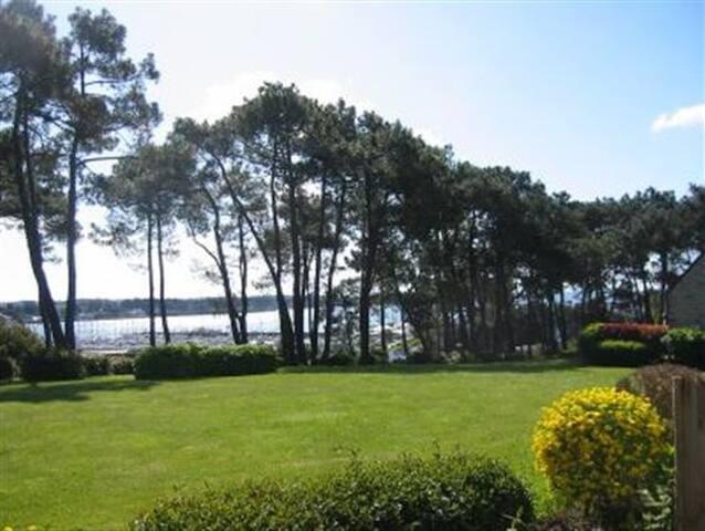 Vue sur le port, parc paysager, WIFI