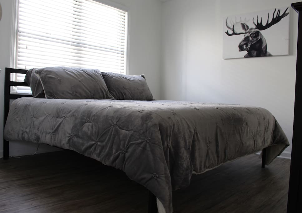 Brand new, comfy king sized bed!