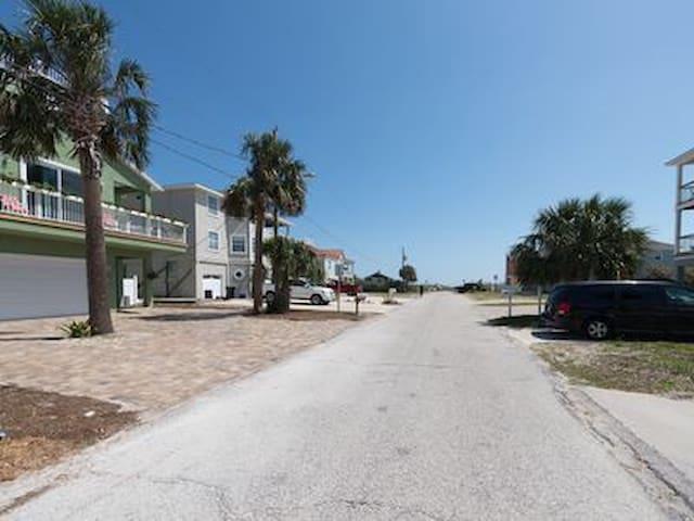 Oceanside 3rd St St Augustine Beach - St. Augustine - Apartamento
