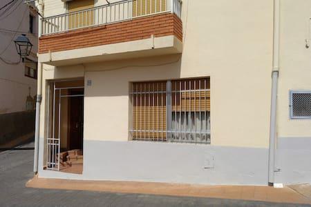 Casa en Vall de Almonacid