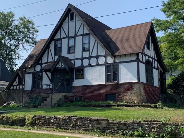 1930 Tudor House- In Town Location!