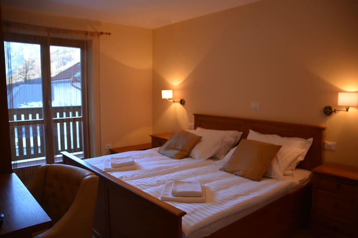 Hotel Alpine, Log pod Mangartom apartment 1