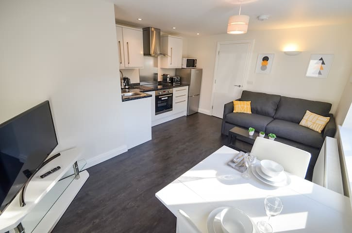 The Bridgford - Cosy 1 bed flat with parking, Wi-Fi and all the essentials