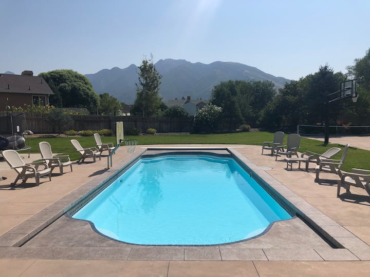 Relax by the POOL with a view of the mountains!