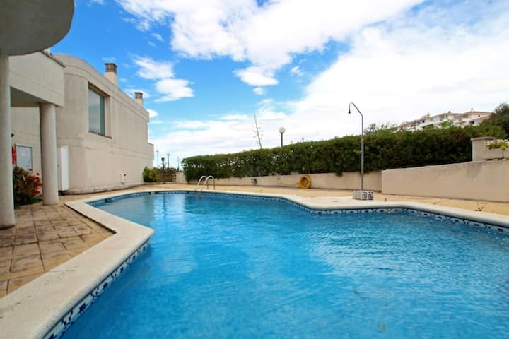 House with 4 bedrooms in Sitges, with wonderful sea view, shared pool, furnished terrace