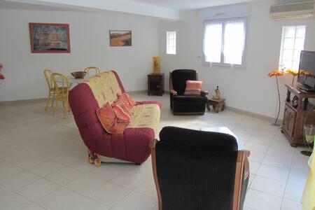 Appartement indépendant avec terrasse et jardin - Clapiers
