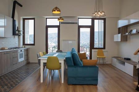 Cozy Apartment at Avlabari Boutique Residence
